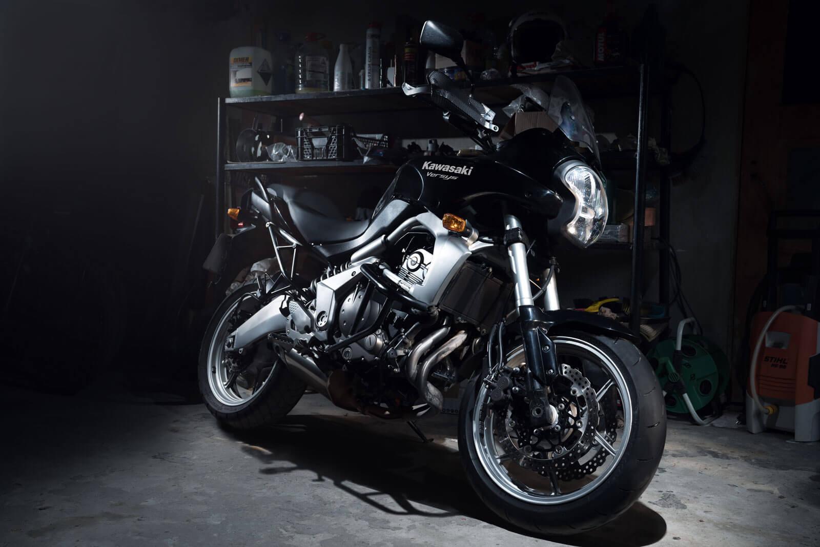 Kawasaki in garage shoot